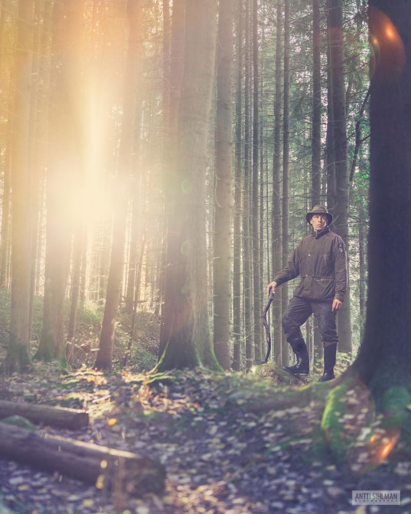 Jari Koskinen metsässä